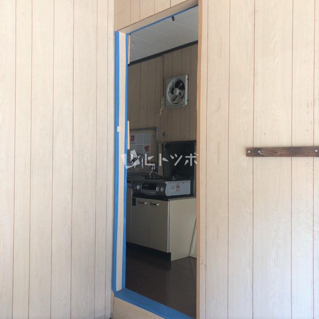 室内への扉
